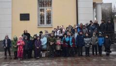 Храм Зосимы и Савватия посетили учащиеся школы «Ретро»